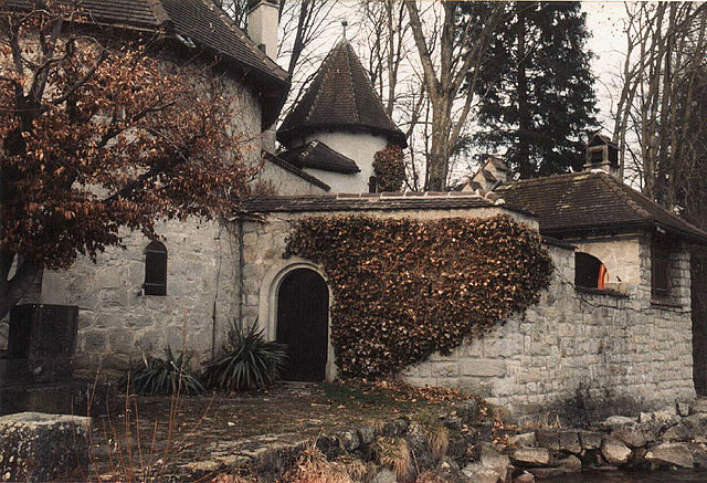 Jung's Tower House, Bollingen, Switzerland, by Andrew Taylor, 2009.  CC BY-SA-2.0