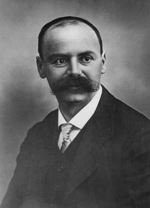 Karl Schwertschild, 1873-1916, Wikimedia Commons.