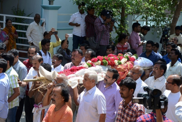 Friends, family, and Indian government ministers at funeral rites for Srinivas Kuchibhotla in Hyderabad, India